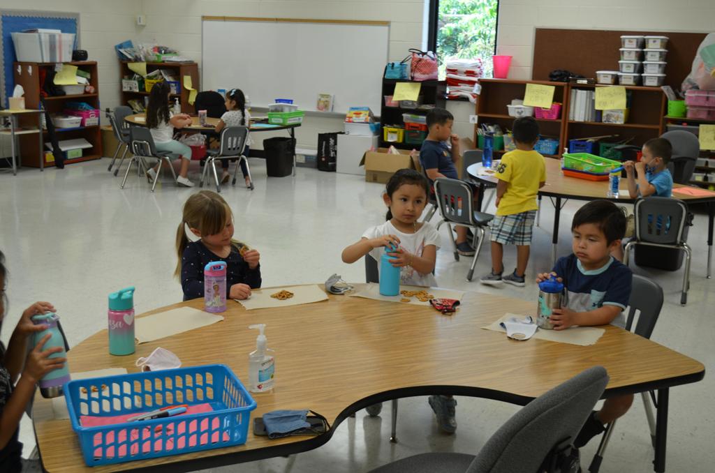 Students enjoying a snack.
